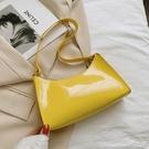 NHRU1517623-yellow