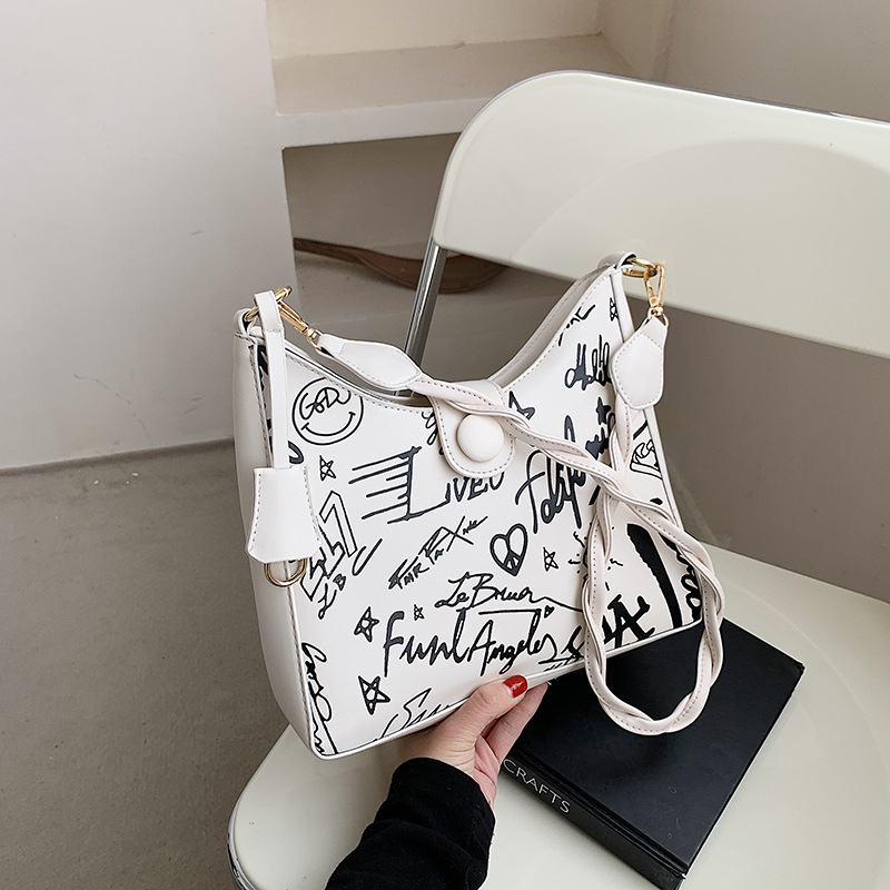 Bolso bandolera simple con estampado de graffiti NHJZ337580