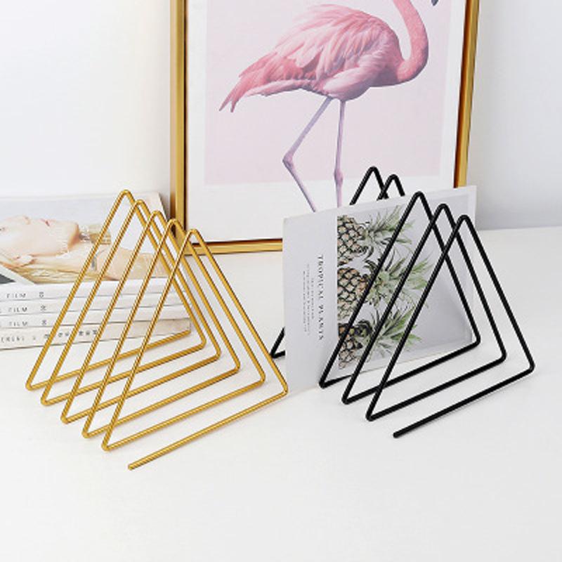 estante pequeño del triángulo de la rejilla del metal simple 5 al por mayor  NHAW390382