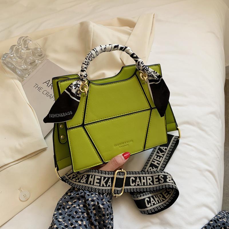 Al por mayor patrón geométrico pañuelo de seda asa bolso cuadrado pequeño de un solo hombro  NHGA390538