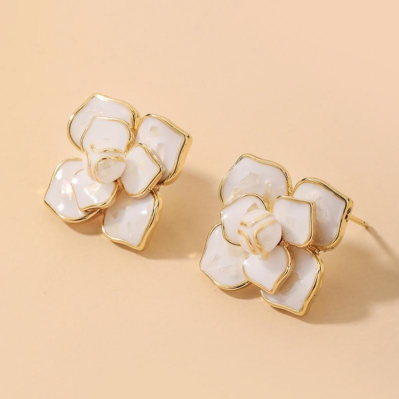 Joyería al por mayor Pendientes de flor de gota de aceite de camelia blanca  NHNJ393045