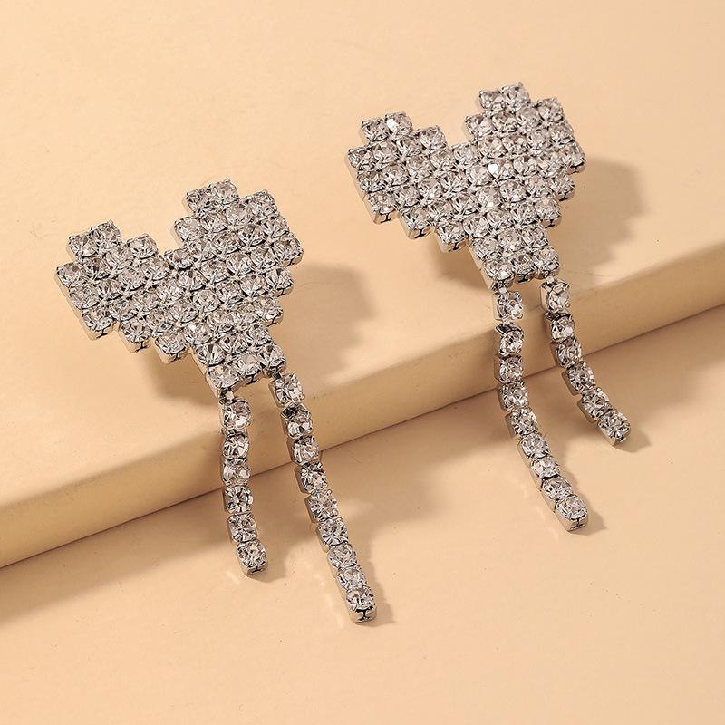 Al por mayor pendientes de borla de corazón de diamantes de imitación completos  NHNJ393046