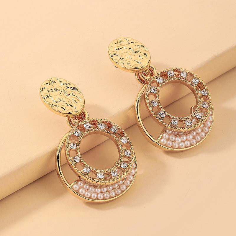 wholesale pendientes de círculo hueco de perlas de diamantes de imitación barrocos  NHNJ393047