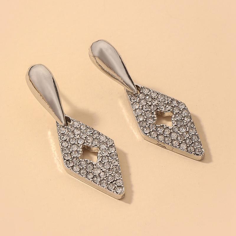 Al por mayor pendientes de diamantes de imitación con incrustaciones de gota de agua retro  NHNJ393605