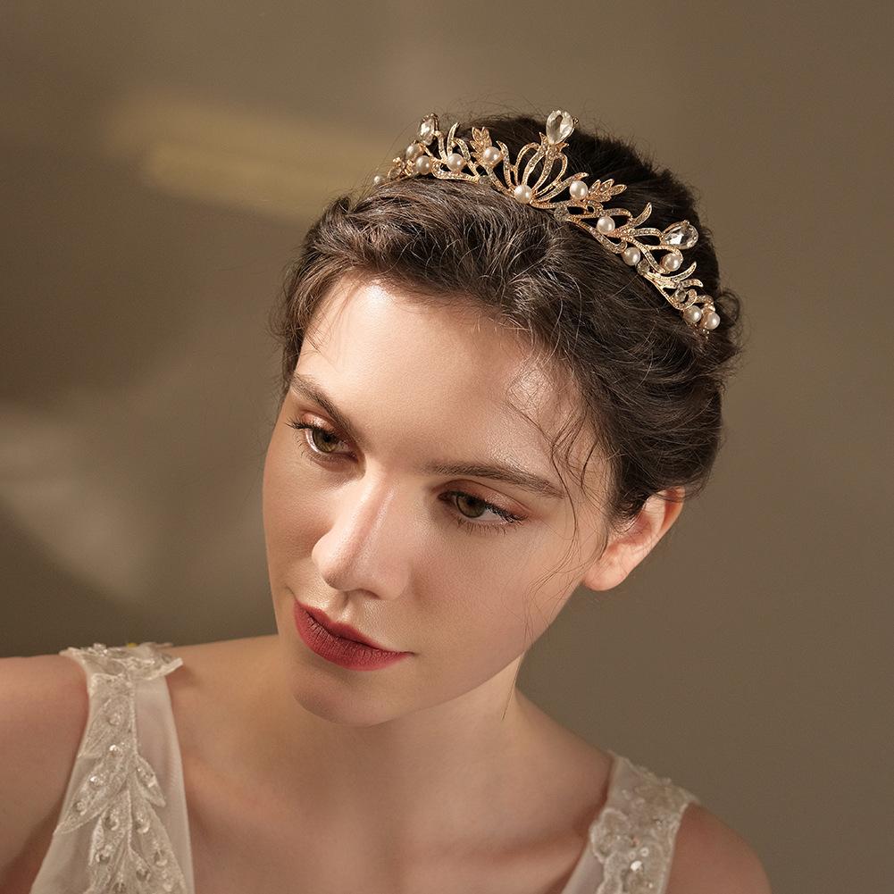 Nueva joyería coreana de la boda de la corona nupcial del Rhinestone de la aleación al por mayor  NHHS404919