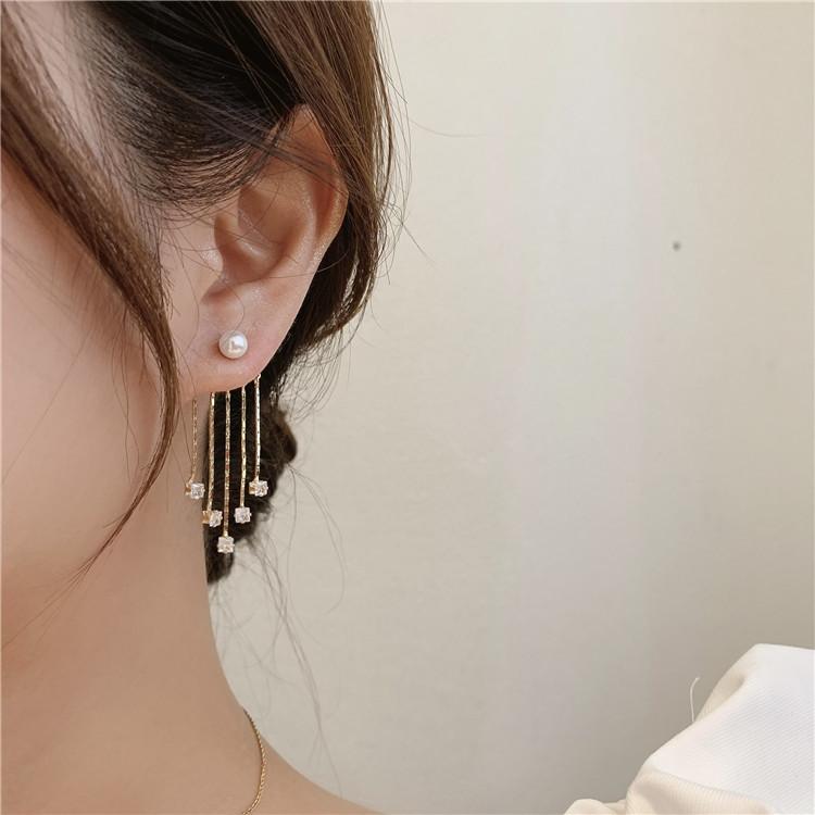 wholesale Pendientes de cobre con borla de circonita perla coreana  NHMS395726
